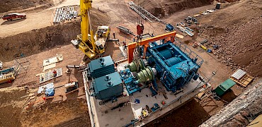 Tertiary crusher: HPGR gearbox installation