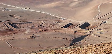 Processing plant and solution ponds earthworks (looking northeast from the Lindeo deposit)