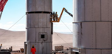 Agglomeration plant: Cement silo installation work