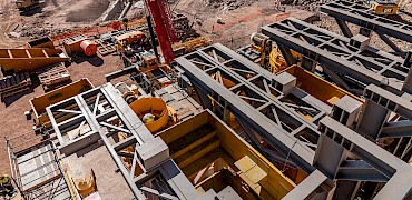 Secondary crusher: Inclined screen structure installation work
