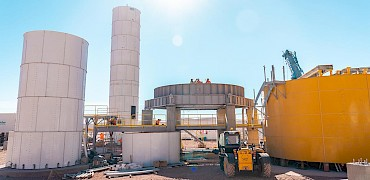 Agglomeration plant: Cement silo erection work