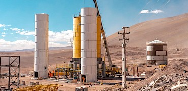 Agglomeration plant: Cement silos and Surge bin erection completed