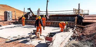 Primary crusher: Concrete work on the platform to access hopper