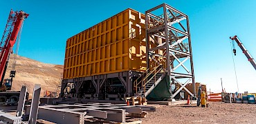 Secondary crusher: Conveyor belt structure installation work