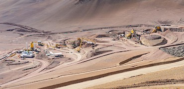 Panoramic view of crushing circuit and agglomeration plant
