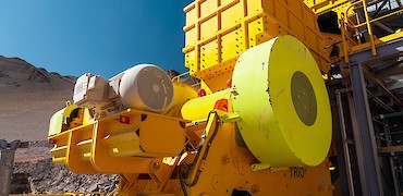 Primary crusher: Jaw crusher engine electrical installation work