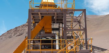 Secondary crusher: Transfer tower chute installation