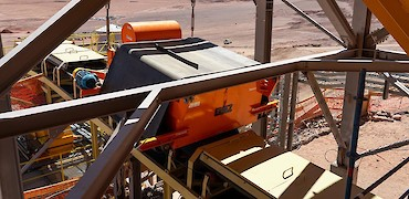 Tertiary crusher: Installation of magnetic separator