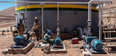 Agglomeration plant: Water pump installation work