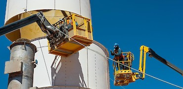SART plant: Lime silo assembly work