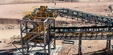 Secondary crushing circuit: Transfer tower conveyor belt installation