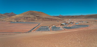 Panoramic view of leach pad and solution ponds