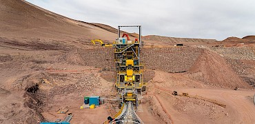 Primary crushing circuit commissioning with ore
